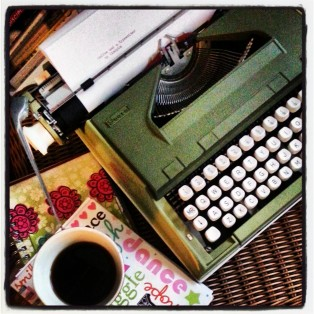 coffeeandatypewriter